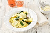 Ravioli with sage and cheese