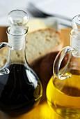 Balsamic vinegar, olive oil and bread
