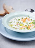 Pea soup with cream and carrots