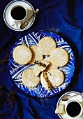 Shortbread biscuits with pistachios (Greece)