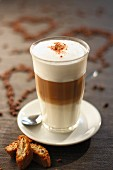 Latte macchiato with cantuccini