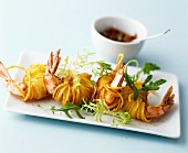 King prawns deep-fried in vermicelli