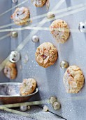 Almond biscuits with Christmas decorations