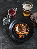 Burger with chanterelles and cranberries