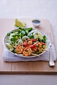 Fennel salad with prawn skewers