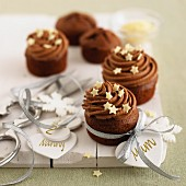 Mini chocolate cakes with stars for Christmas
