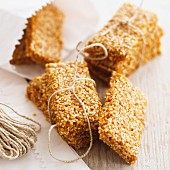 Sesame biscuits as a gift