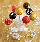 Cake pops, decorated for Christmas