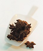 Star anise in a plastic scoop