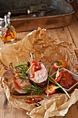 Rack of lamb with tomato-pepper sauce