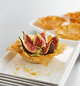 Filo pastry bowl with figs and pistachios