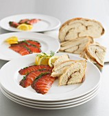 Gravlax with white bread