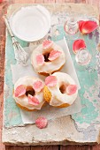 'La vie en rose' doughnuts with candied rose petals