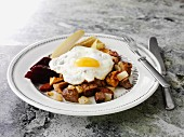 Pyttipanna with potatoes and a fried egg (Sweden)