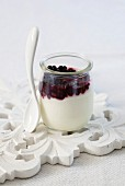 Yoghurt with blackberry compote