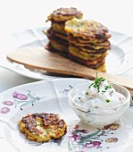 Oat biscuits with quark dip