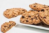 Chocolatechip Cookies, teilweise angebrochen