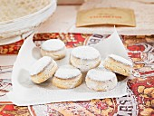 Polverones (cinnamon biscuits, Mexico)