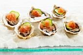 Austern mit Lachs & Gurke
