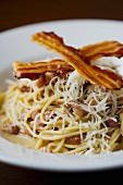 Spaghetti carbonara with bacon and Parmesan