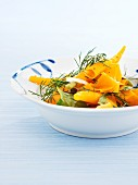 Carrot salad with spinach, dill and onions