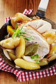 Schusterpfanne (fried pork with pears, potatoes, herbs and spices)