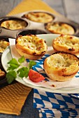 Spicy cheese tarts