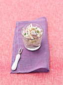 Hering and apple salad with red onions and cream