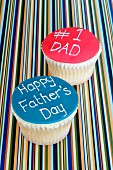 Two cupcakes for Father's Day