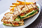BLT sandwiches with avocado