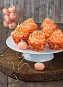 Autumnal pumpkin cupcakes for Halloween