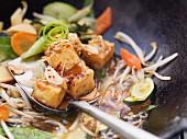 Wokgemüse mit Mungobohnensprossen (Asien)