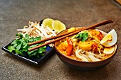 Laksa with prawns and bean sprouts (Malaysia)