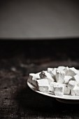 Home-made marshmallows with icing sugar