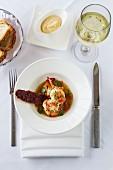 Meeresfrüchtesuppe mit Brot & Wein