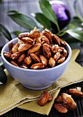 Roasted almonds for Christmas