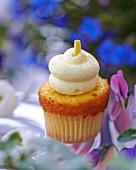 A lemon cupcake