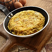 Tortilla Espanola (omelette made with eggs, potatoes and onions, Spain)