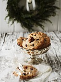 Fruit and walnut biscuits
