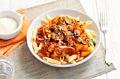 Penne with a vegetable sauce and thyme