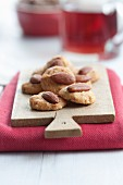 Christmas biscuits with almonds