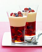Berry jelly with vanilla cream
