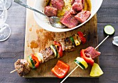 Colourful Caribbean skewers with beef, pepper and pineapple