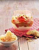 Quark cream with strawberries