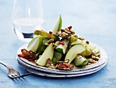 Pear salad with muesli, wholemeal cornflakes and dried goji berries