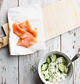 Smoked salmon with cucumber cottage cheese