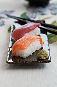 Nigiri sushi with salmon and tuna
