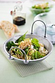 Nudelsalat mit Spinat & Feta