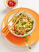 Gebratene Nudeln mit Tofu & Gemüse