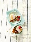 Pancake rolls with raspberry cream